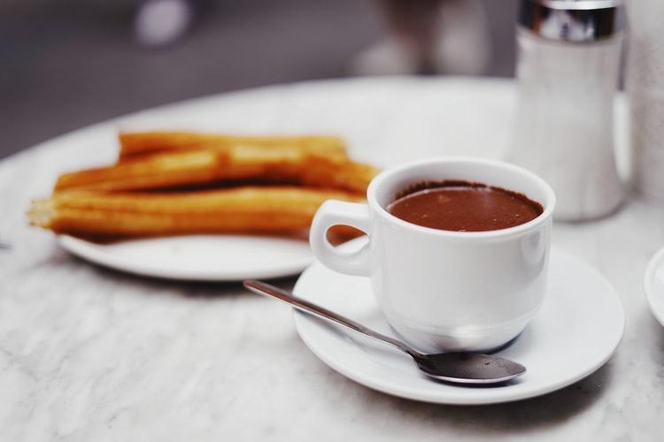 Churros con chocolate en Madrid