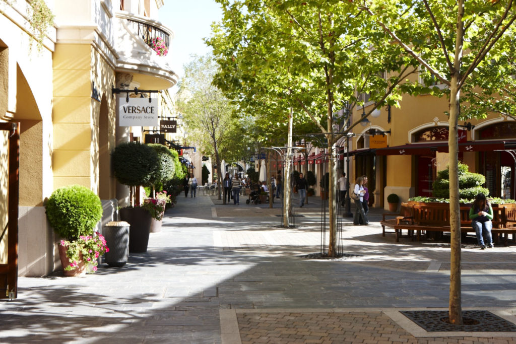 Las Rozas Village Madrid Ruta para ahorrar por Madrid