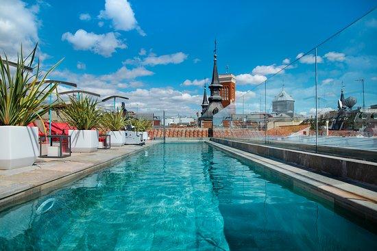 Pestana Plaza Mayor Madrid  Hoteles urbanos con piscina Madrid
